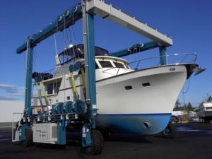 Boat Travel Lift For Aquatic Clubs