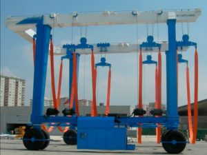 Reliable Heavy Duty Travel Lift