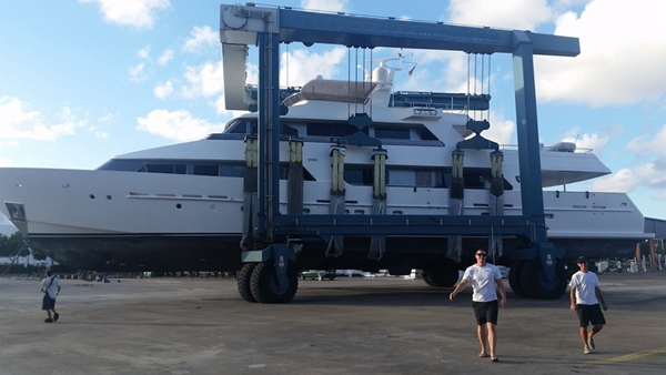 Amphibious Travel Lift Marine Boat Lift