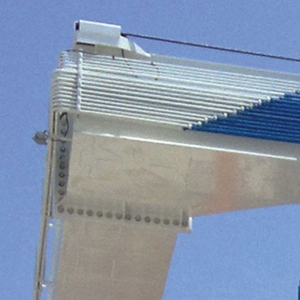 Travel Lift Pivot Pin System
