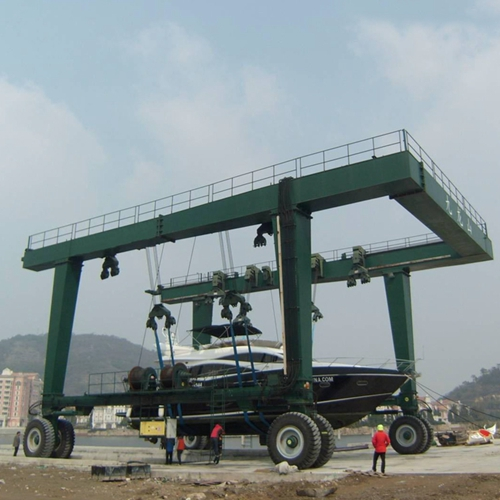 Reliable Boat Travel Hoist Crane For Sale