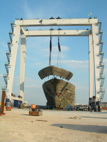 Great 200 Ton Boat Hoist Crane For Sale