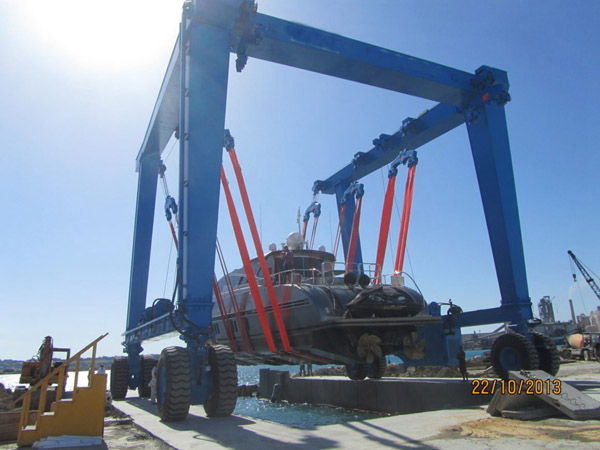 Great 300 Ton Travel Lift For Sale