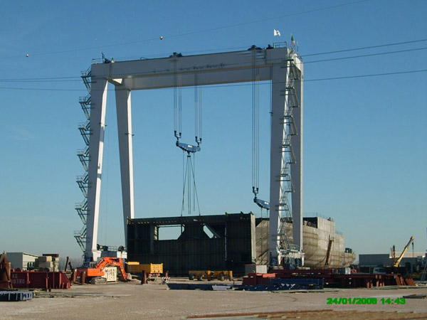 Heavy Duty 300 Ton Boat Lift