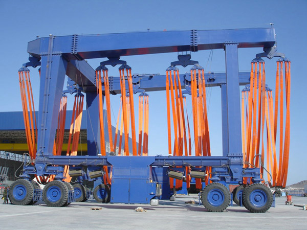 Reliable 400 Ton Vessel Travel Lift
