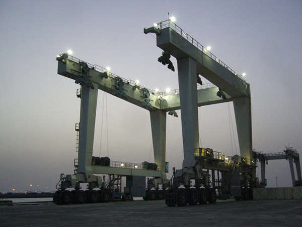 Reliable 500 Ton Travel Lift