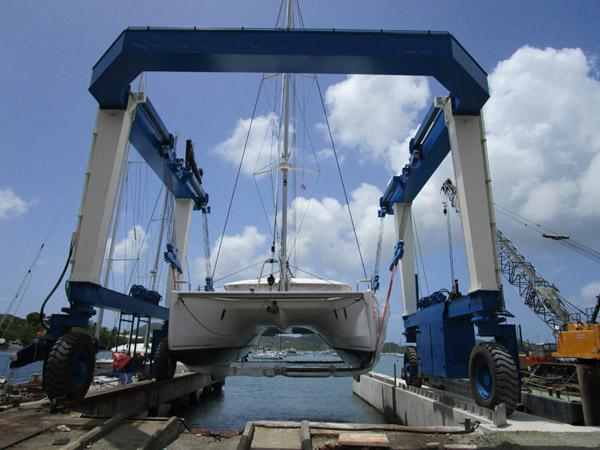 Reliable 600 Ton Travel Lift