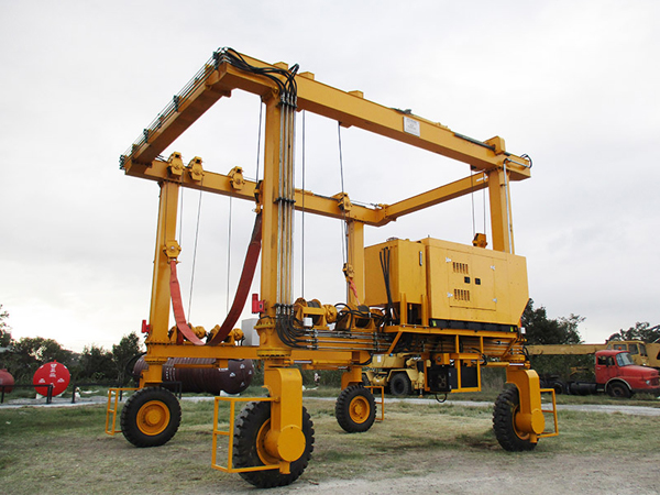 Rubber Tyre Travel Lift Manufacturer